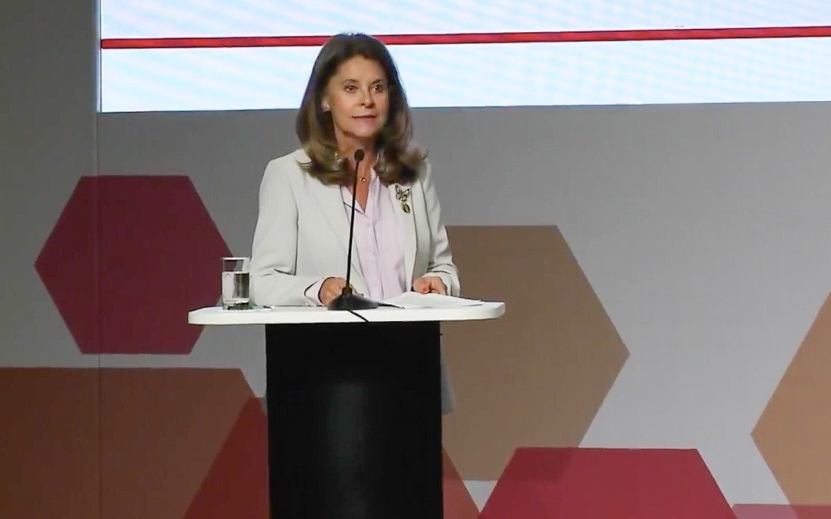Vicepresidenta propone lista latinoamericana para identificar corruptos