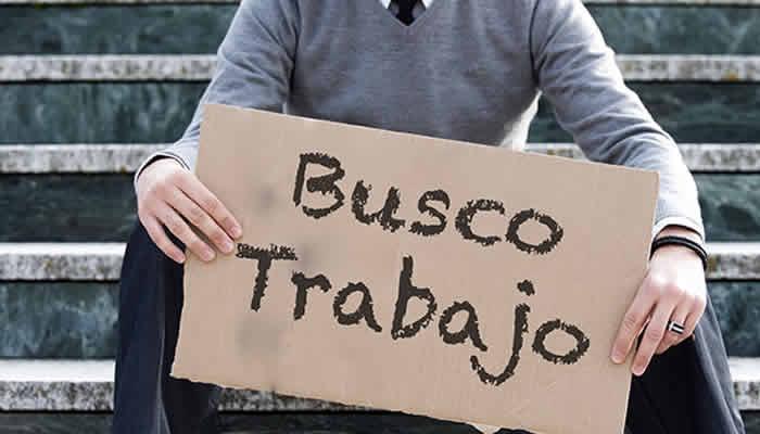 El desempleo disparado y el gobierno dedicado a Santrich