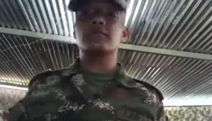 Soldado se habría suicidado tras publicar video apoyando paro nacional