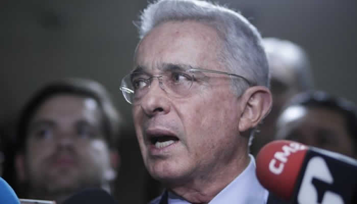Fiscalía pide libertad de Álvaro Uribe