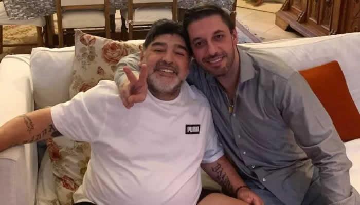 """""""Durante 12 horas no tuvo atención; la ambulancia tardó"""": abogado de Maradona"""
